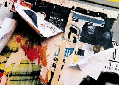 """""""Ne pleure pas"""" (série Dans ma rue), photographie, impression numérique sur toile libre, 70x50 cm"""